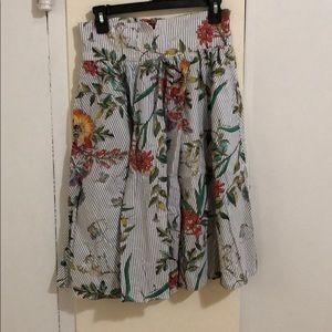 Zara floral comfortable skirt